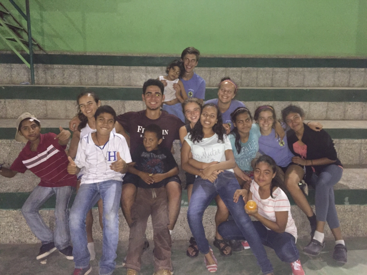 mission-honduras-2016-team-2-2016-06-17-00-56-20-luis-s